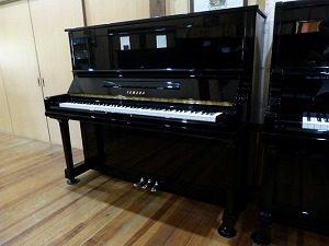 ヤマハU30A(a)